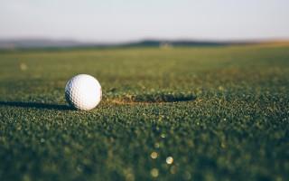 golf traduzione